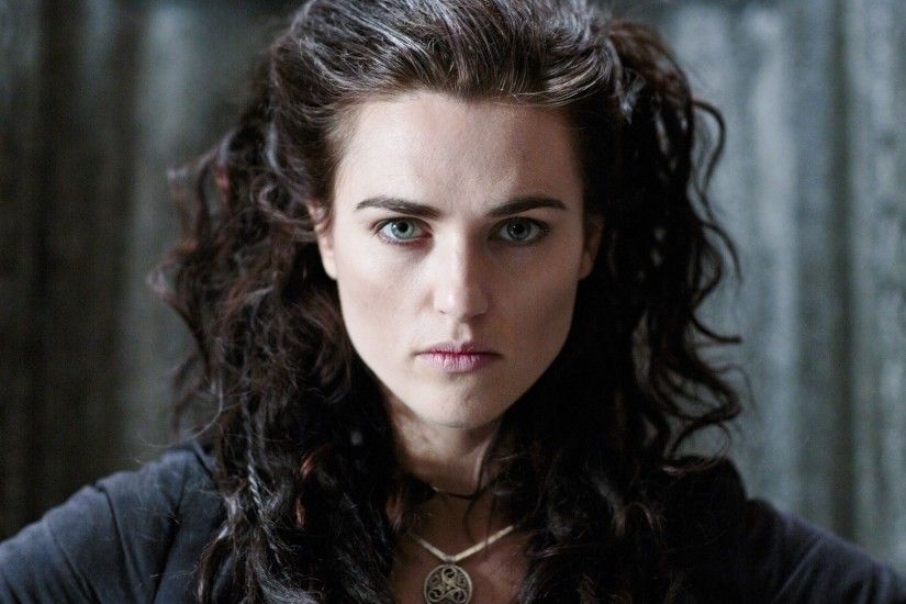 Katie McGrath Cast as Lena Luthor in Supergirl