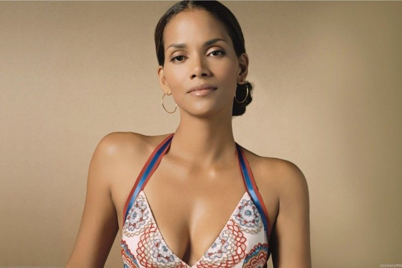 Halle Berry wallpapers for iphone