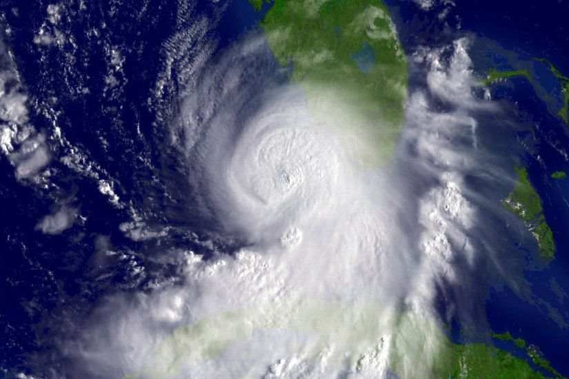 File:Hurricane Katrina 8-26-05 1415 UTC.jpg