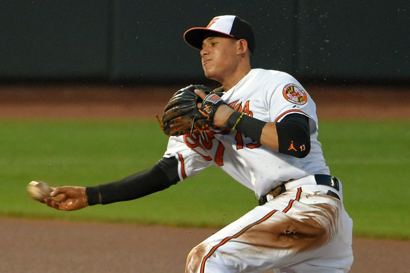 Observations on Orioles third baseman Manny Machado and his second Gold  Glove award - Baltimore Sun