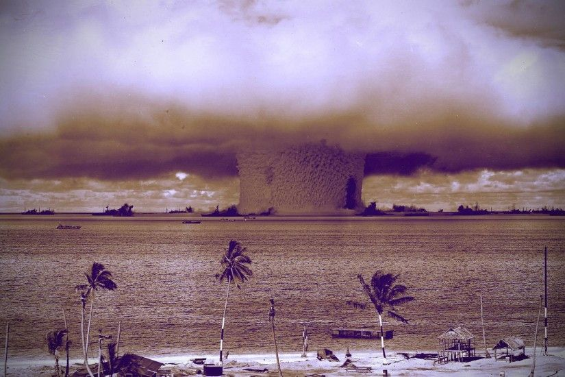 Nuclear Explosion Wallpapers - WallpaperSafari ...