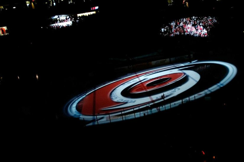 Hurricanes owner agrees to sell, but Gary Bettman says team won't move |  NHL | Sporting News