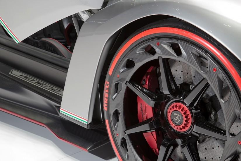 Lamborghini Veneno HD Wallpapers