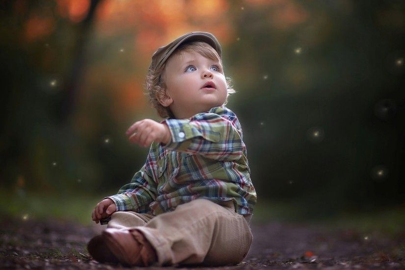 Cute little baby boy wallpaper