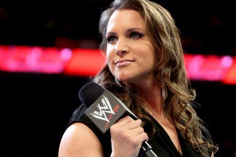 wwe wrestler Stephanie McMahon hd wallpapers