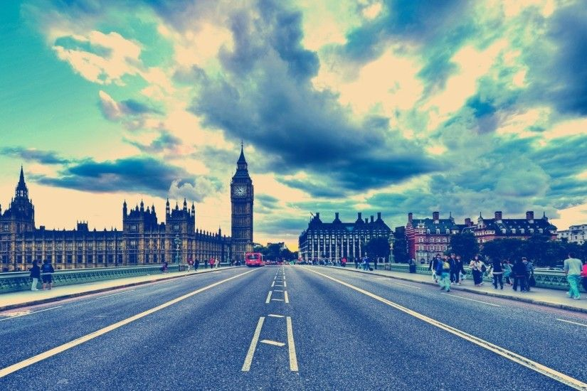 1920x1080 London HDR. How to set wallpaper on your desktop? Click the  download link from above and set the wallpaper on the desktop from your OS.