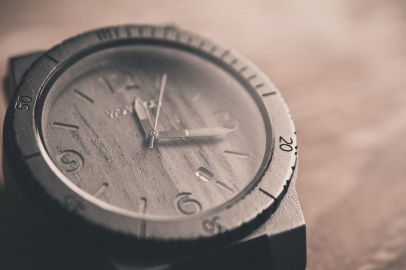 Preview wallpaper watches, wooden, dial 1920x1080