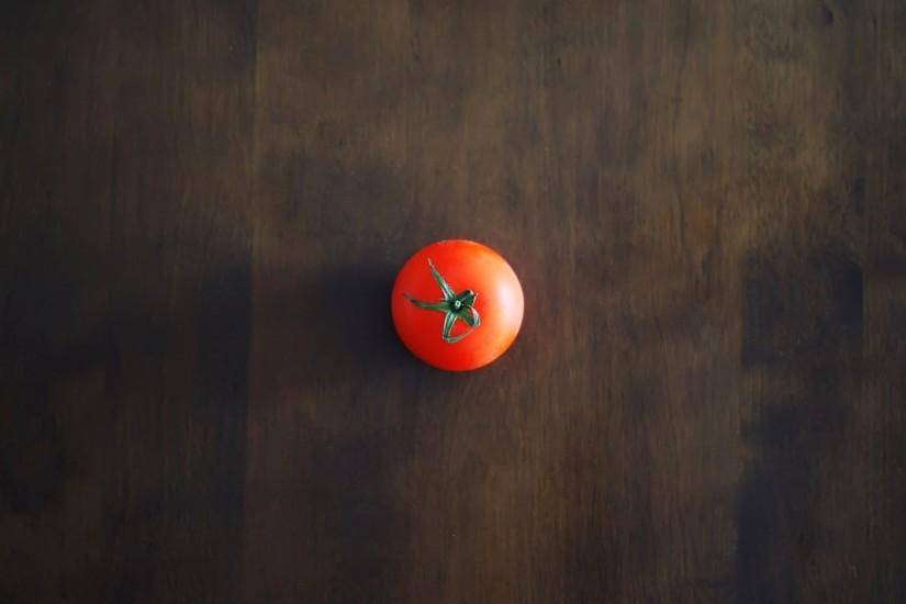 1920x1080 Wallpaper minimalism, tomato, red, table, wall, shadow, background