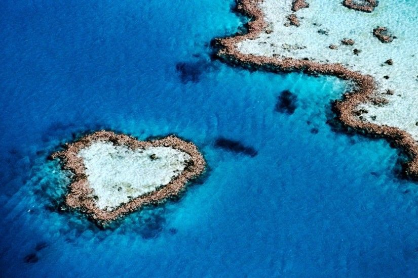 1920x1080 Wallpaper sea, island, ocean, blue water, reeves, heart, land
