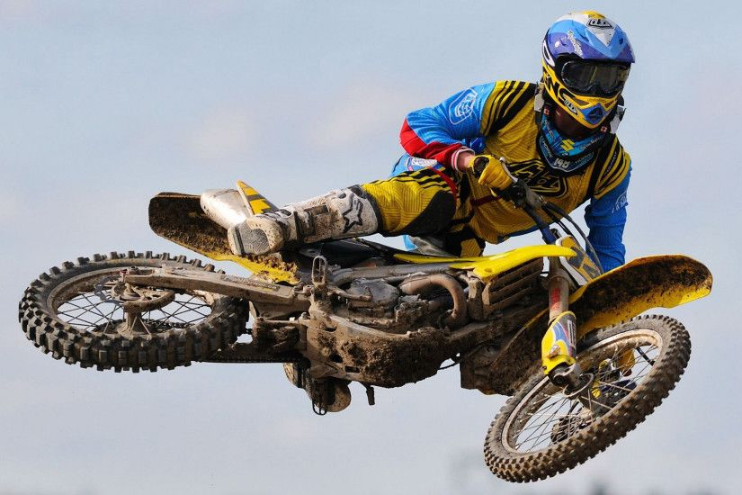 amazing yamaha dirt bike wallpapers free download