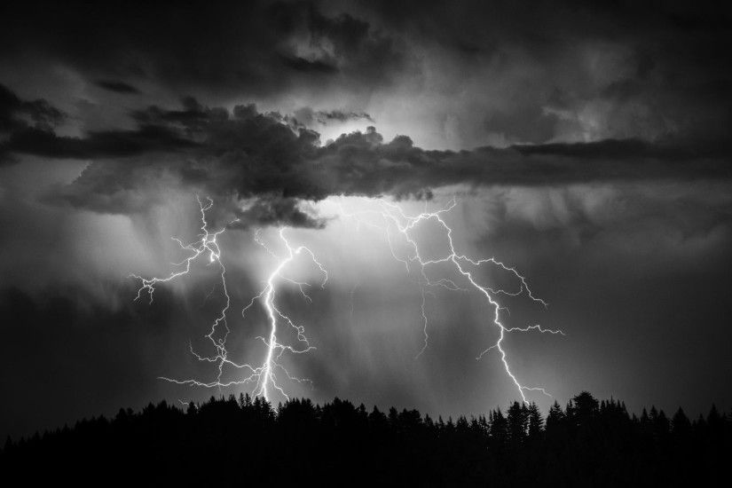 Nature Sky Thunderstorm Lightning Clouds Rain Storm Beautiful Wallpaper  Full Hd - 1920x1200