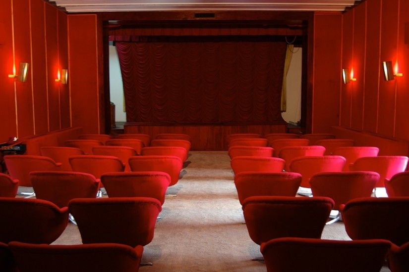 Movies - Generic - Movie Theatre - Home Theater Backdrops & Wallpapers