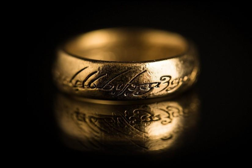 lord of the rings dark background ring gold inscription