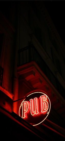 ... Last pub in Paris iPhone X wallpaper.