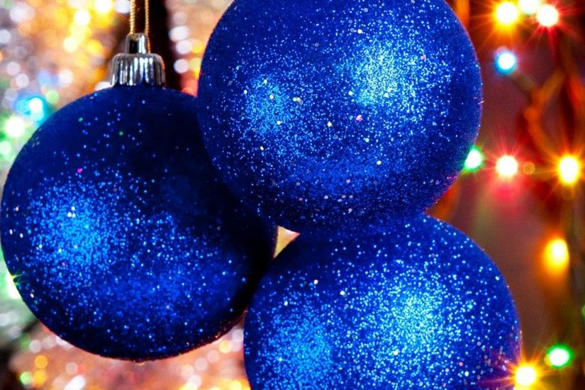 ... Blue Christmas Balls iPad Air wallpaper.