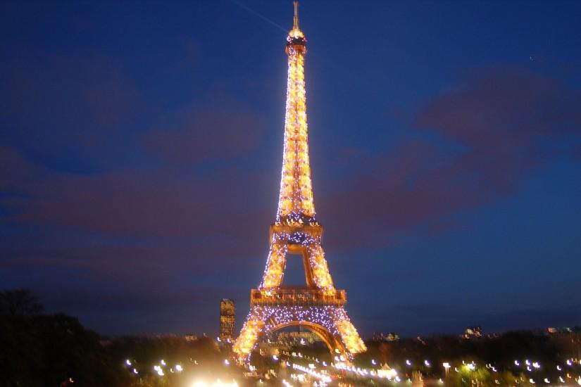 Eiffel Tower HD Wallpapers Download Free
