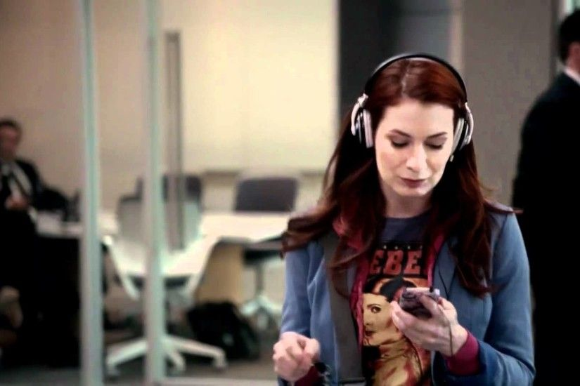 Felicia Day on Supernatural; start the day with a crazy little dance
