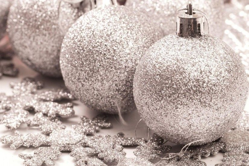 3840x2160 Wallpaper christmas decorations, snowflakes, glitter, silver,  holiday, decoration