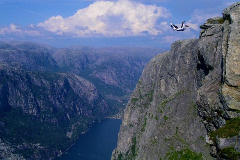 Jump off a cliff | Extreme Sports | Desktop Background