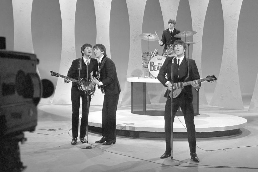Preview wallpaper the beatles, show, game, camera, singing 2560x1440