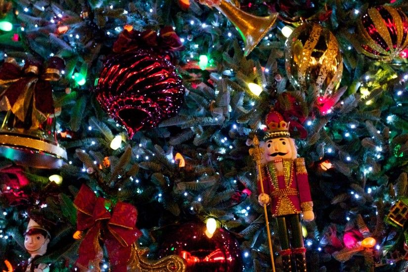 Christmas Tree with Nutcracker wallpaper - Click picture for high  resolution HD wallpaper