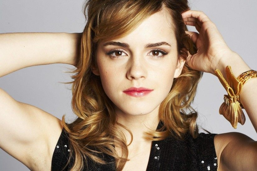 HOT-ACTRESS-EMMA-WATSON-HD-WALLPAPERS-2 | Full Masala