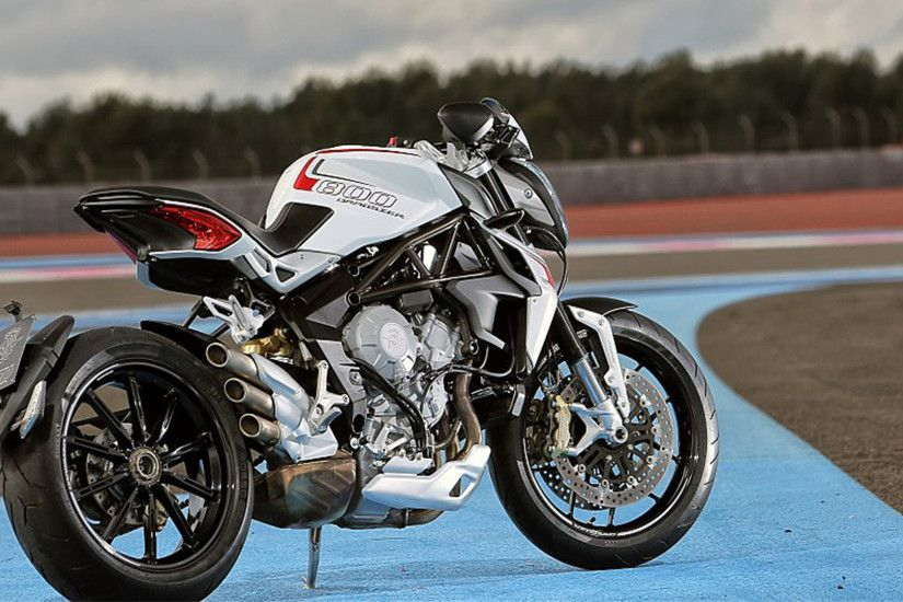 Motorcycles MV Agusta Brutale 800 Dragster 2015