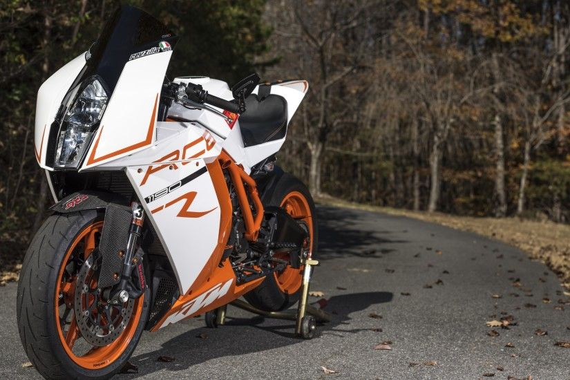 KTM RC8R bike wallpaper thumb