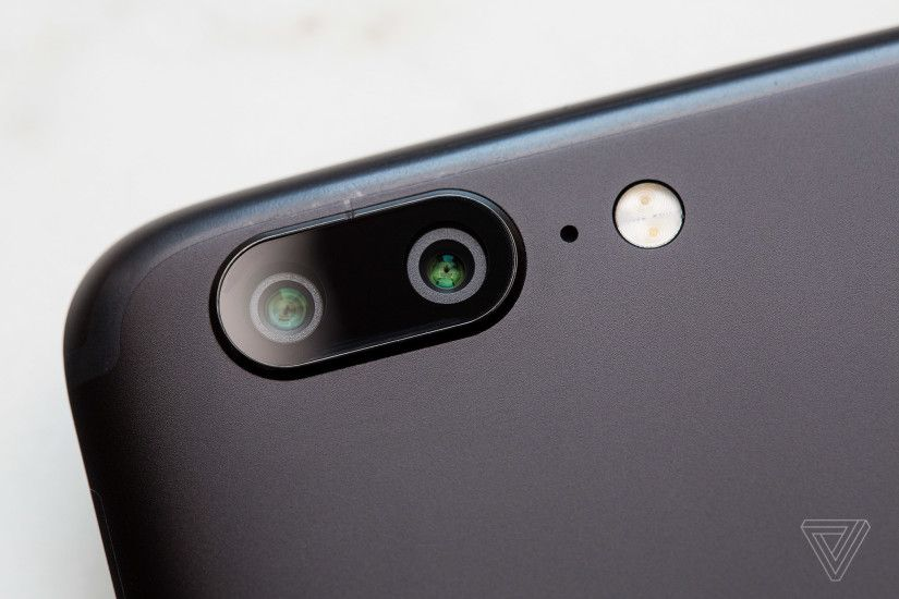 One thing the Galaxy S8 and the majority of other Android phones don't have  is a dual-camera system like the iPhone's. The OnePlus 5 re-creates Apple's  ...