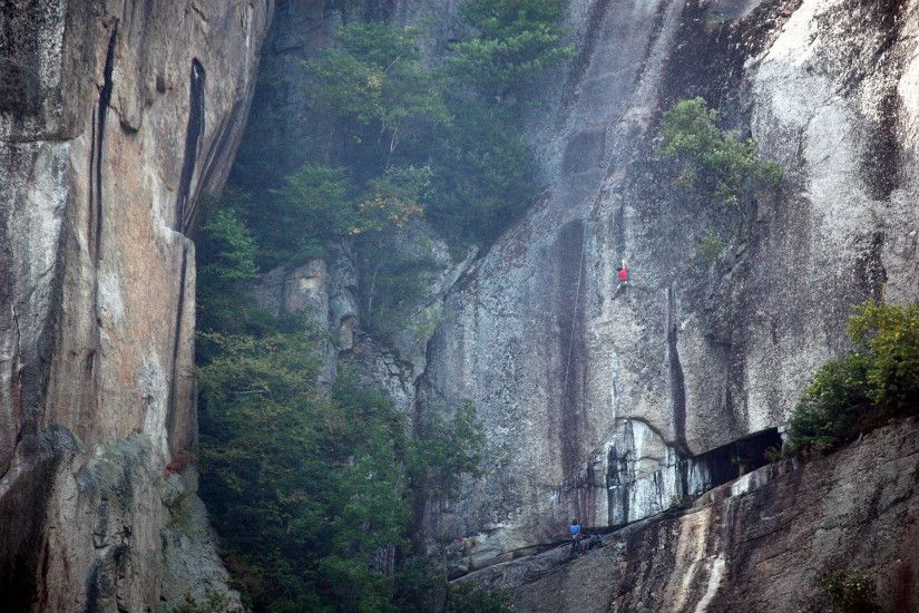 Cathedral Ledge, NH http://www.mountainproject.com/images/3/88/106040388_large_e1a479.jpg  | Climbing | Pinterest