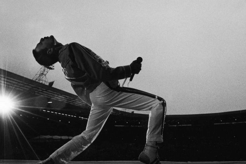 Freddie Mercury Dual Monitor Wallpaper 2048x1152
