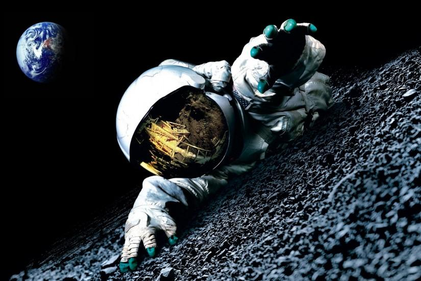 Space Astronauts On the Moon