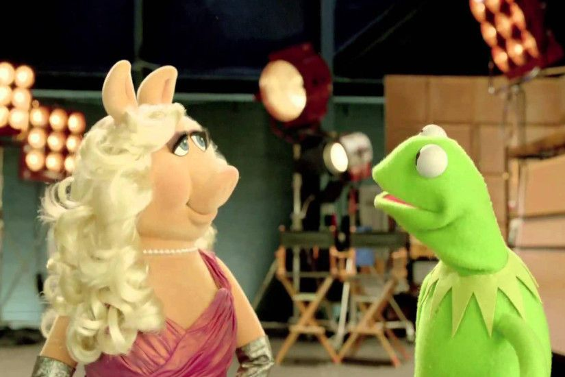 miss piggy and kermit most wanted 2014 movie hd