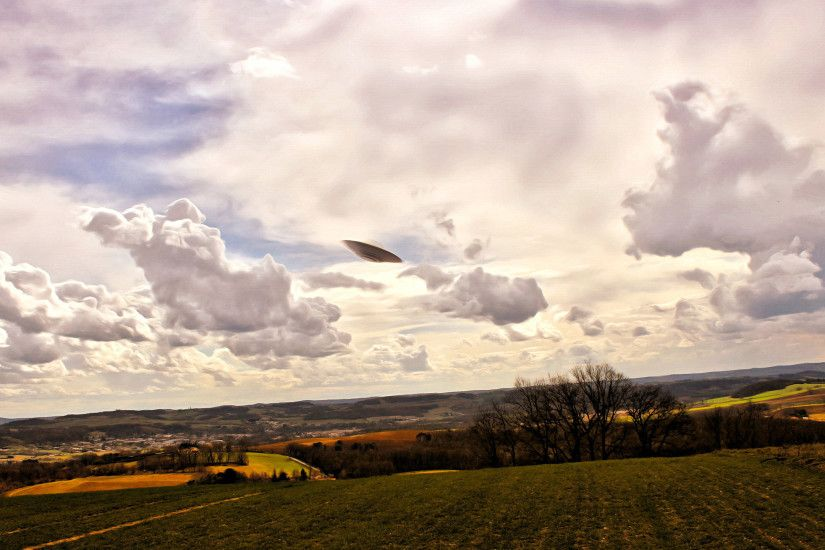 ... HD Wallpaper 2560x1440 UFO ...