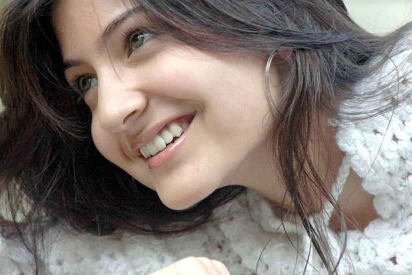 Anushka Sharma HD Wallpapers - Free download latest Anushka Sharma HD  Wallpapers for Computer, Mobile, iPhone, iPad or any Gadget at  WallpapersChar…