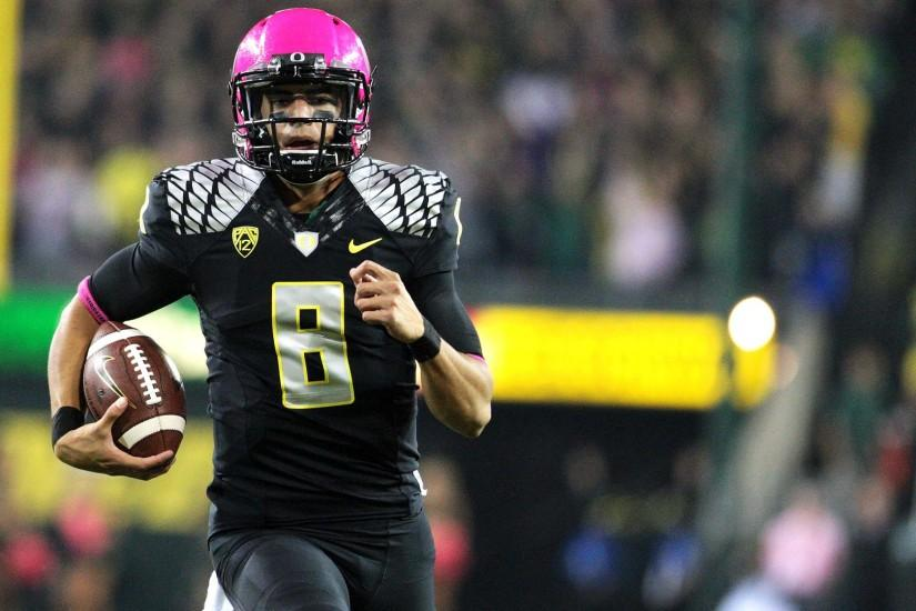 Calm before Oregon Ducks-Stanford Cardinal hype in Pac-12 football .
