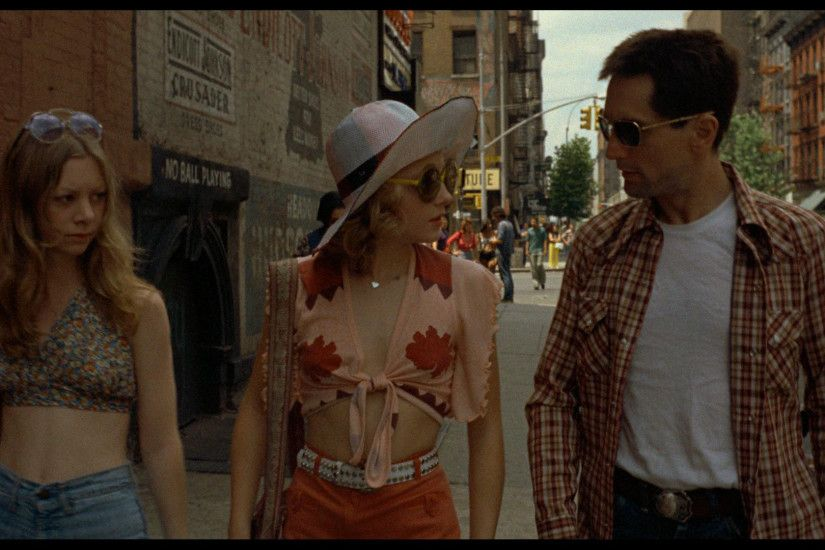a summary of the 1976 movie taxi driver Oscar-winning actress jodie foster has given a little insight into the filming of martin scorsese's 1976 classic taxi driver, saying no-one, not even the director, knew how to approach her part.