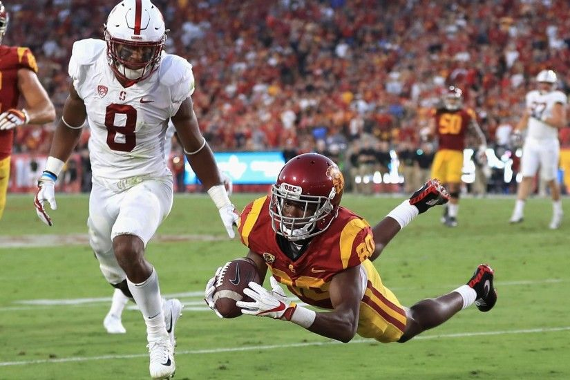 Burnett makes insane diving catch for USC TD