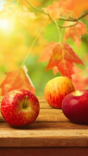 Free fall apples on a table iphone backgrounds.