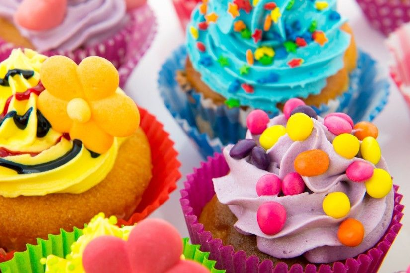 Candy Cake Wallpaper HD Download Of Colorful Cupcakes
