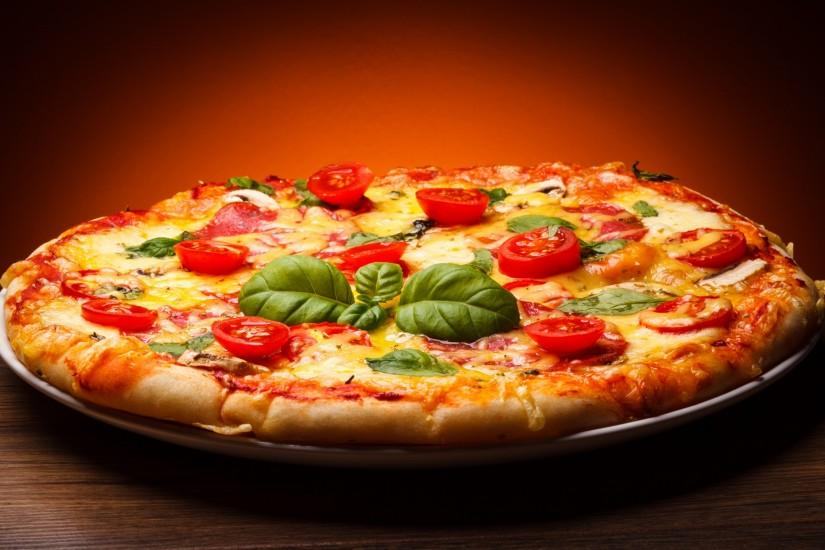 large pizza wallpaper 2560x1600