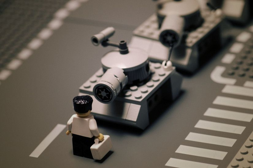 3840x2160 Wallpaper road, lego, tank, tanks, black white, man