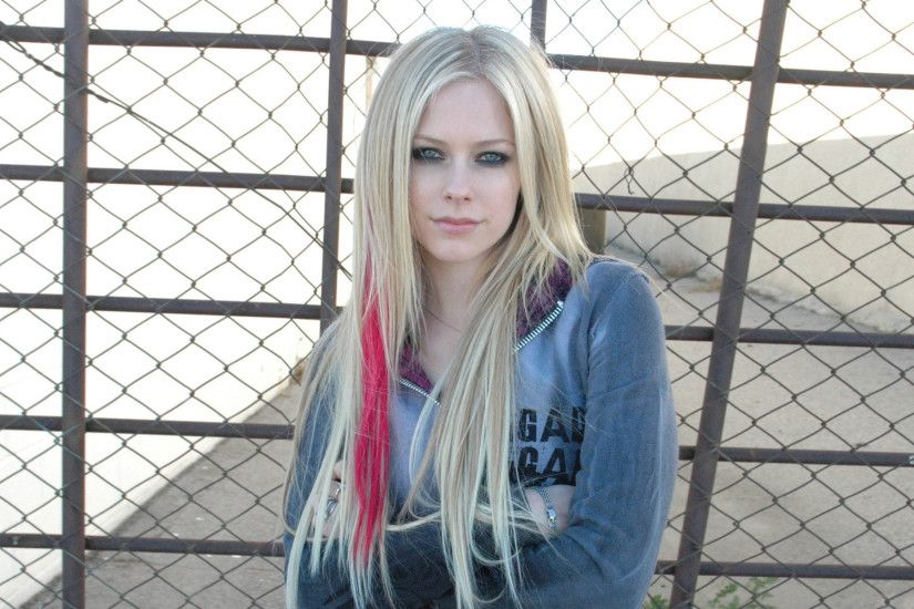 Avril Lavigne HD Wallpaper 1920x1080 Avril Lavigne HD Wallpaper 1920x1200