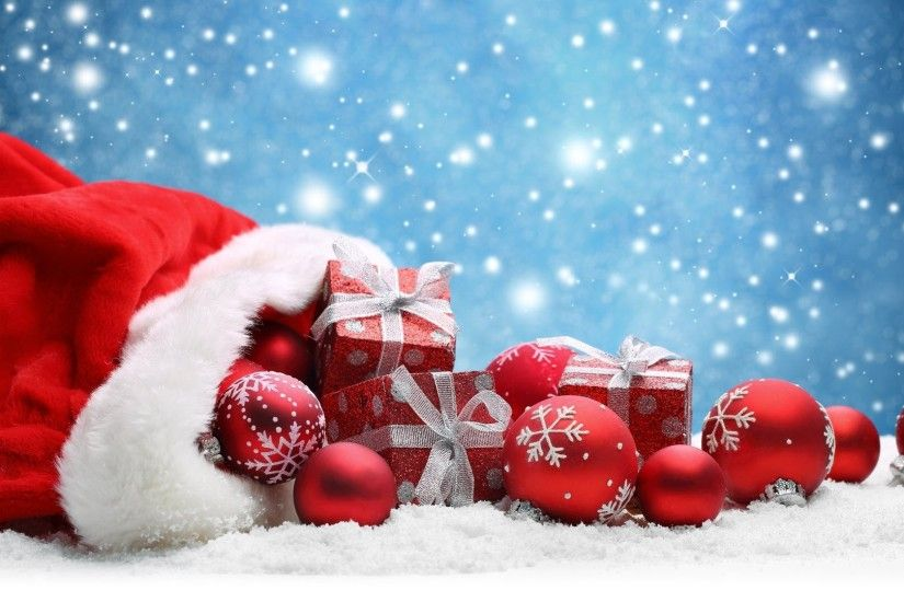 YouWall - Christmas Gifts and Balls Wallpaper - wallpaper