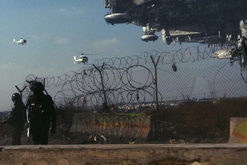 District 9 images District 9 large image with helicopter and mothership  spaceship HD wallpaper and background photos
