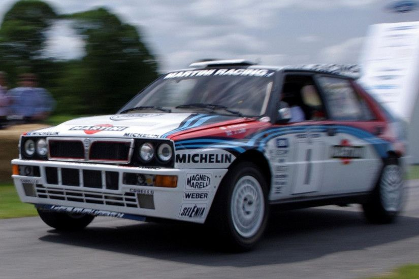 Lancia Delta Wallpaper by Nida Hedley PC.879-TW