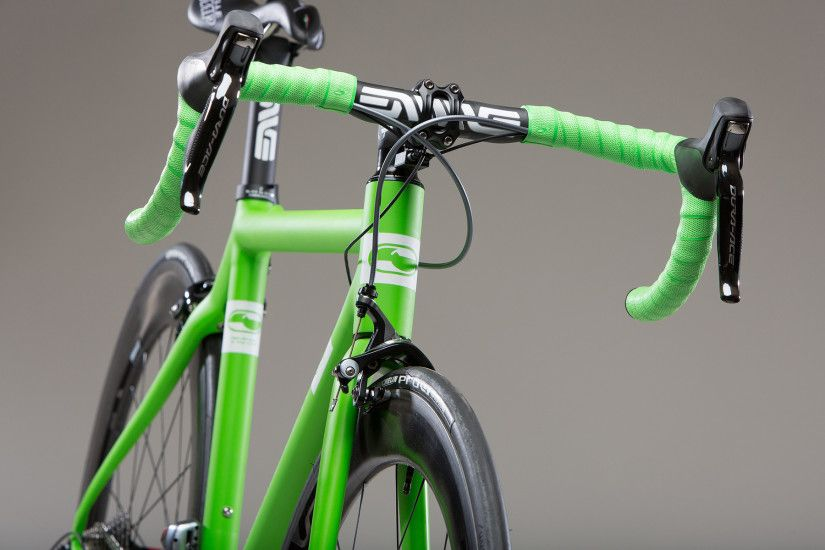 Green Bicycle Wallpaper