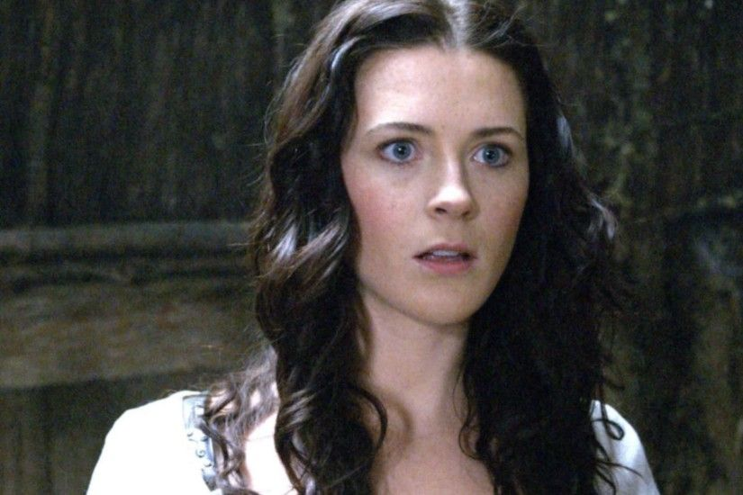 bridget regan legend of the seeker kahlan amnell 1492x1080 wallpaper Art HD  Wallpaper