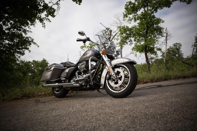 Harley Davidson Road King wallpaper high resolution