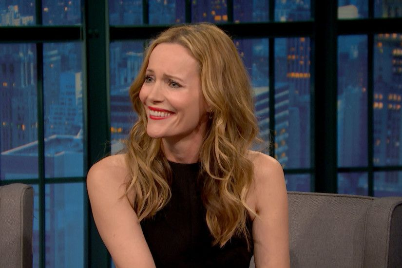 Watch Late Night with Seth Meyers Highlight: Leslie Mann: Judd Apatow Had  No Game When We Started Dating - NBC.com